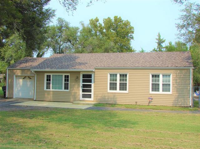 For Sale: 1800 E Fairhaven Dr, Wichita KS