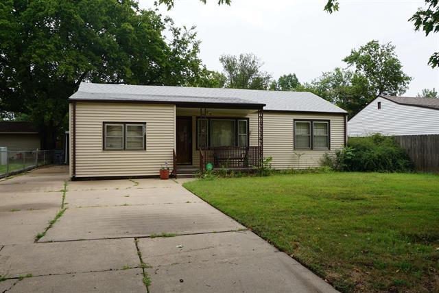 For Sale: 2714 S Victoria Ave, Wichita KS