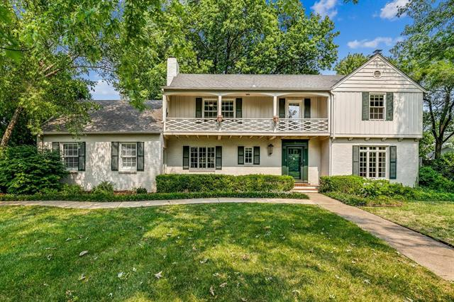 For Sale: 8 S Colonial Ct, Eastborough KS