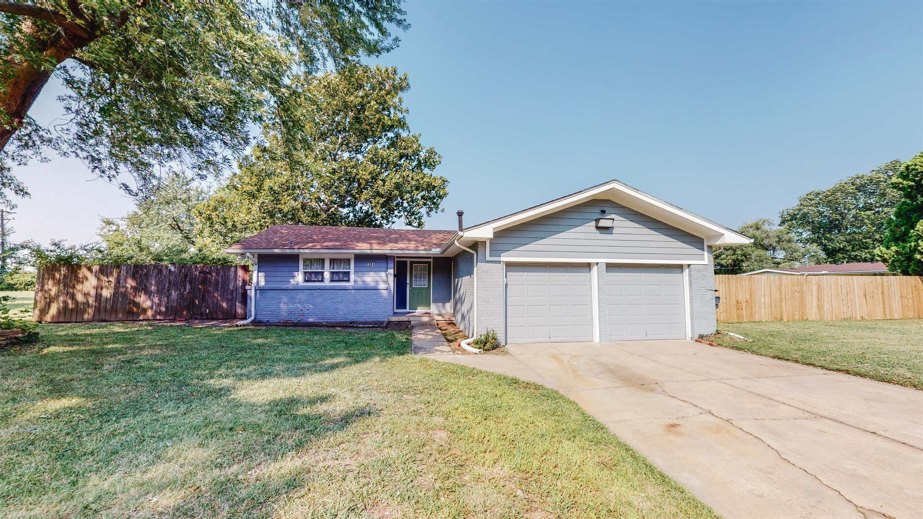 This move in ready cozy ranch home is located walking distance to Wichita State University. The home