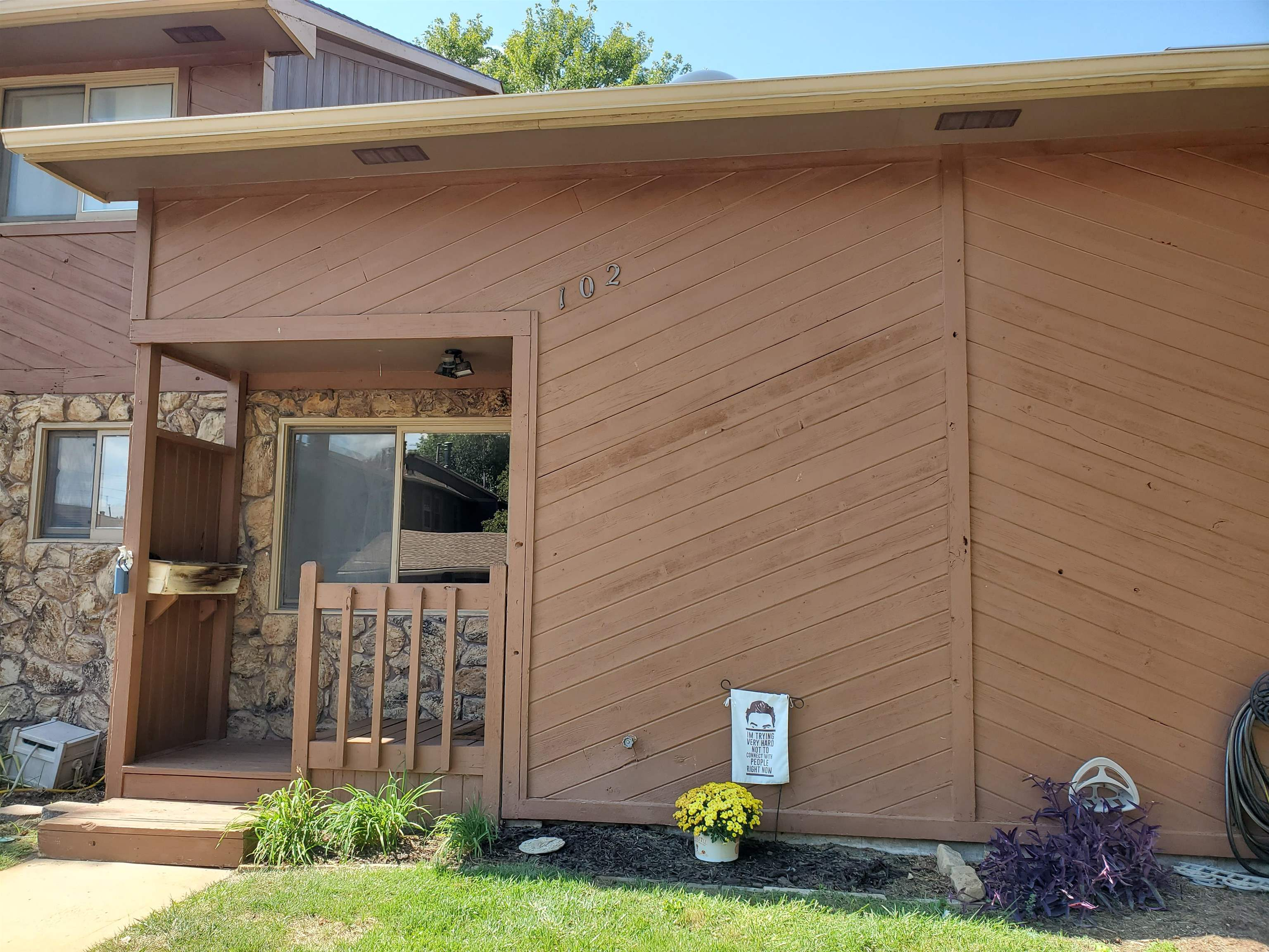 Welcome home to this well-maintained condo conveniently located in West Wichita. As you enter, you'l
