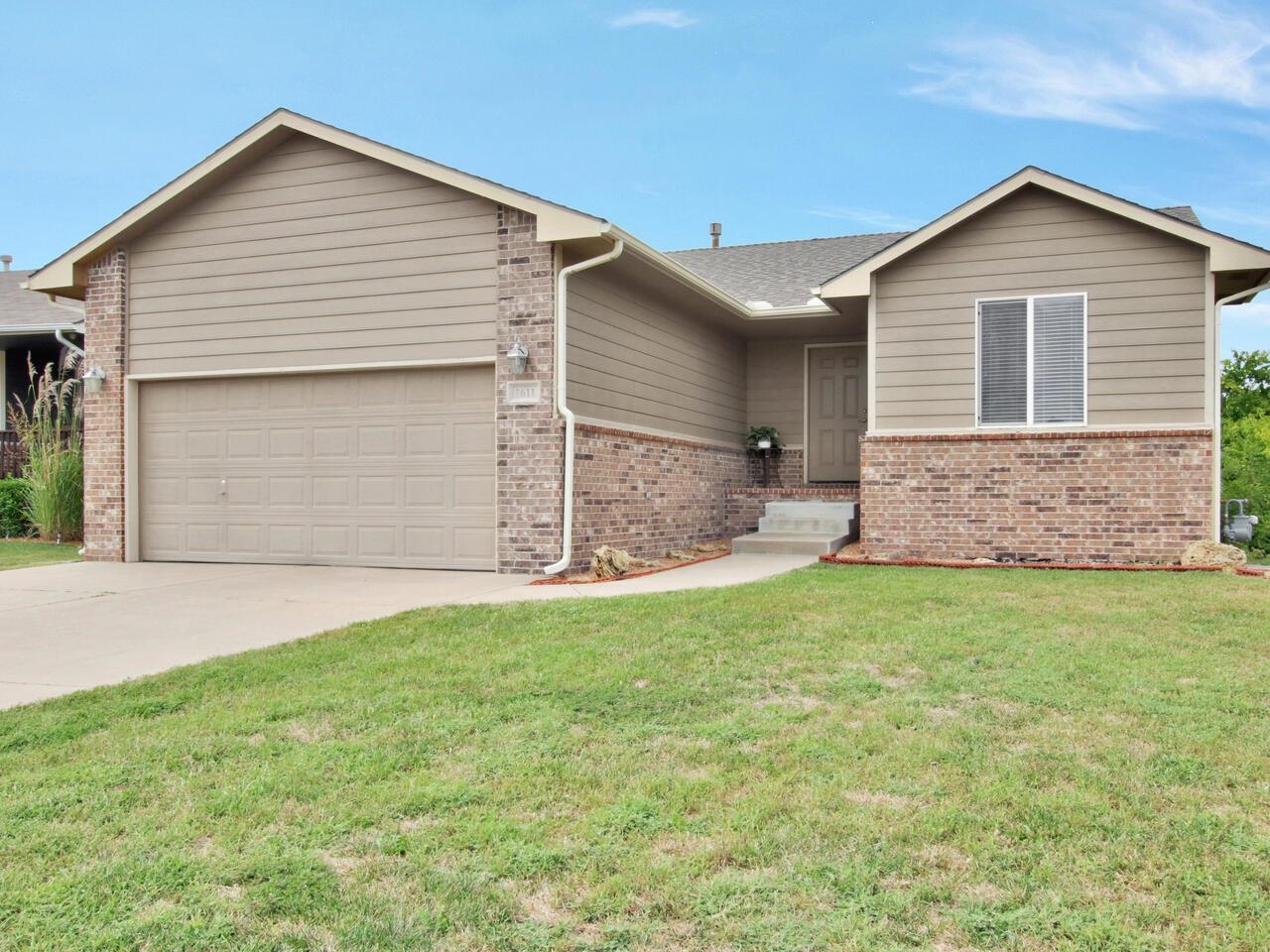 This well maintained home offers a true open floor plan with vaulted ceilings and lots of windows.