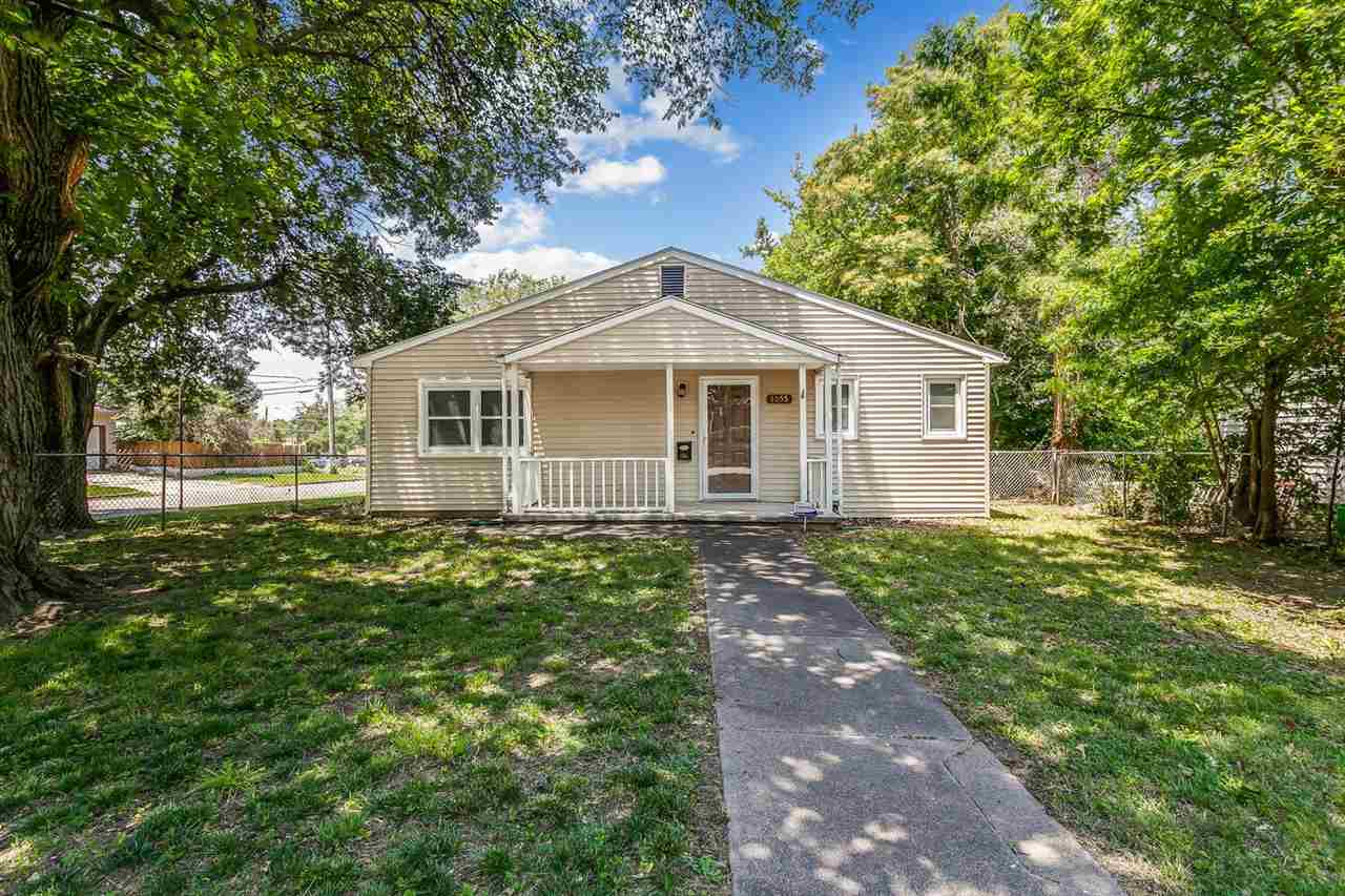 Outstanding, low maintenance 3 bedroom 3 bath ranch home in an established, centrally located neighb