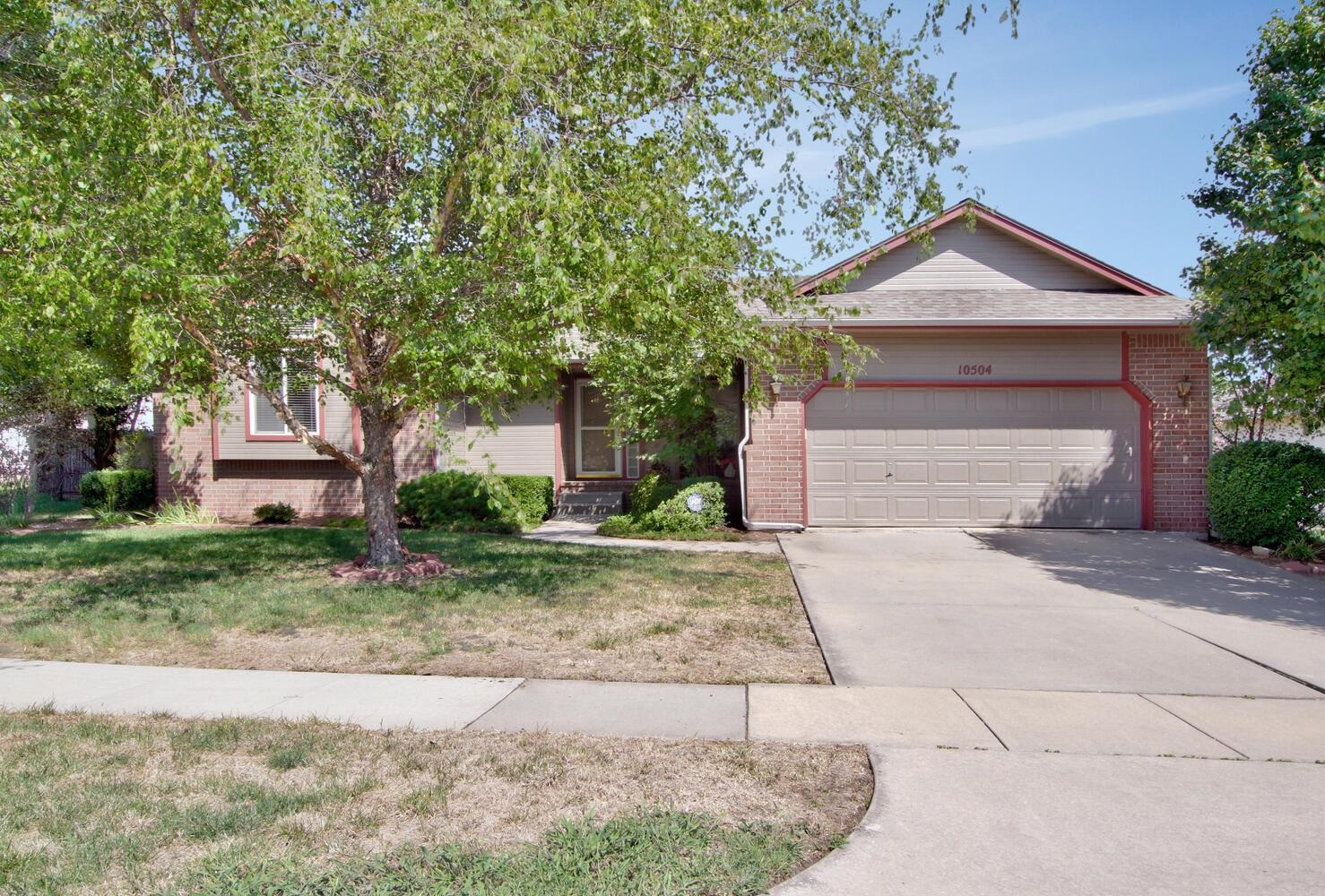 Over 2,700 sq ft in this very UPDATED ranch!!!  All brand new kitchen appliances, new granite counte