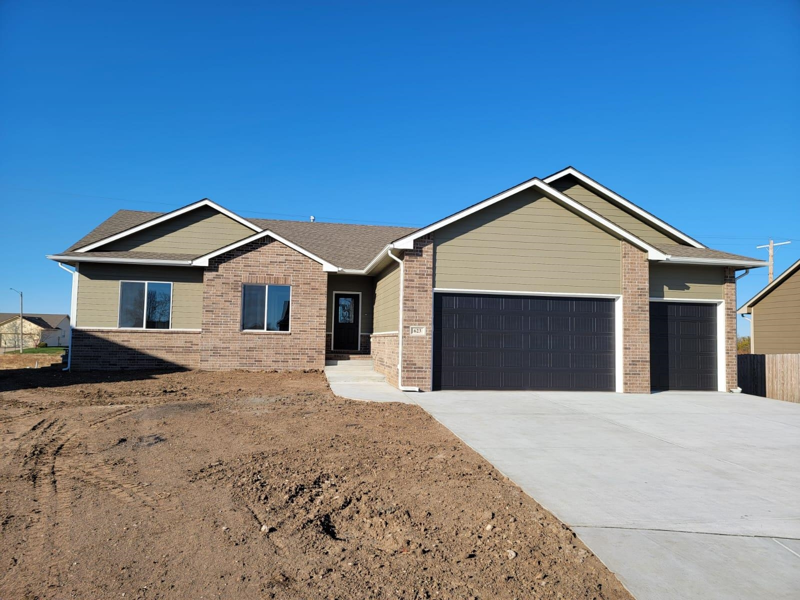 623 E Sprucewood Ct, Park City, KS, 67147