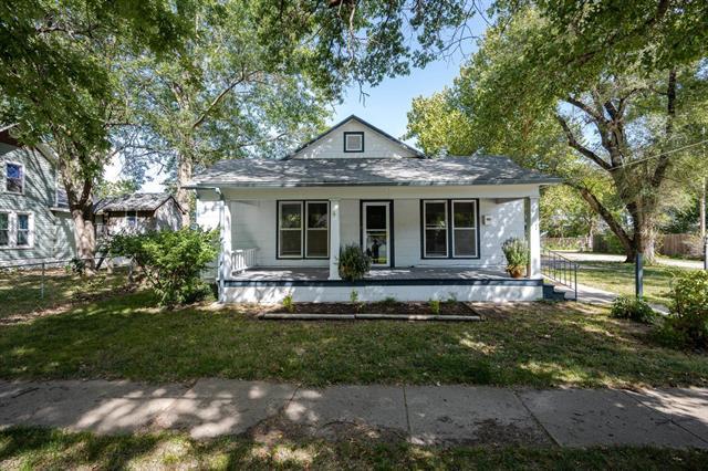 For Sale: 212 W 2nd, Halstead KS