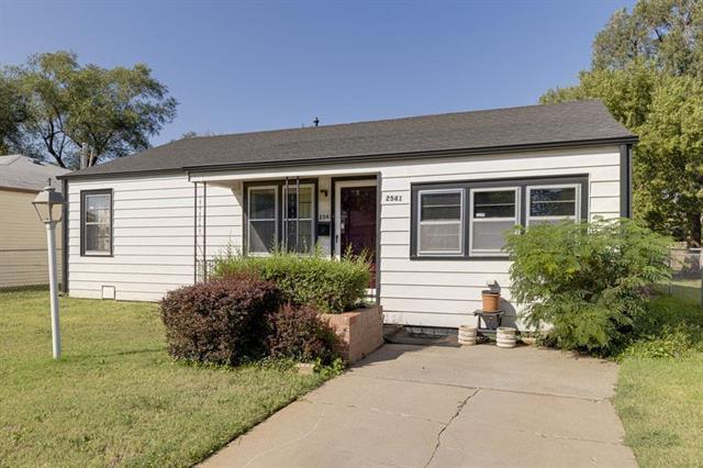 For Sale: 2541 N MINNEAPOLIS ST, Wichita KS