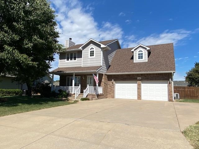 For Sale: 706 N Lakepoint Dr, Augusta KS