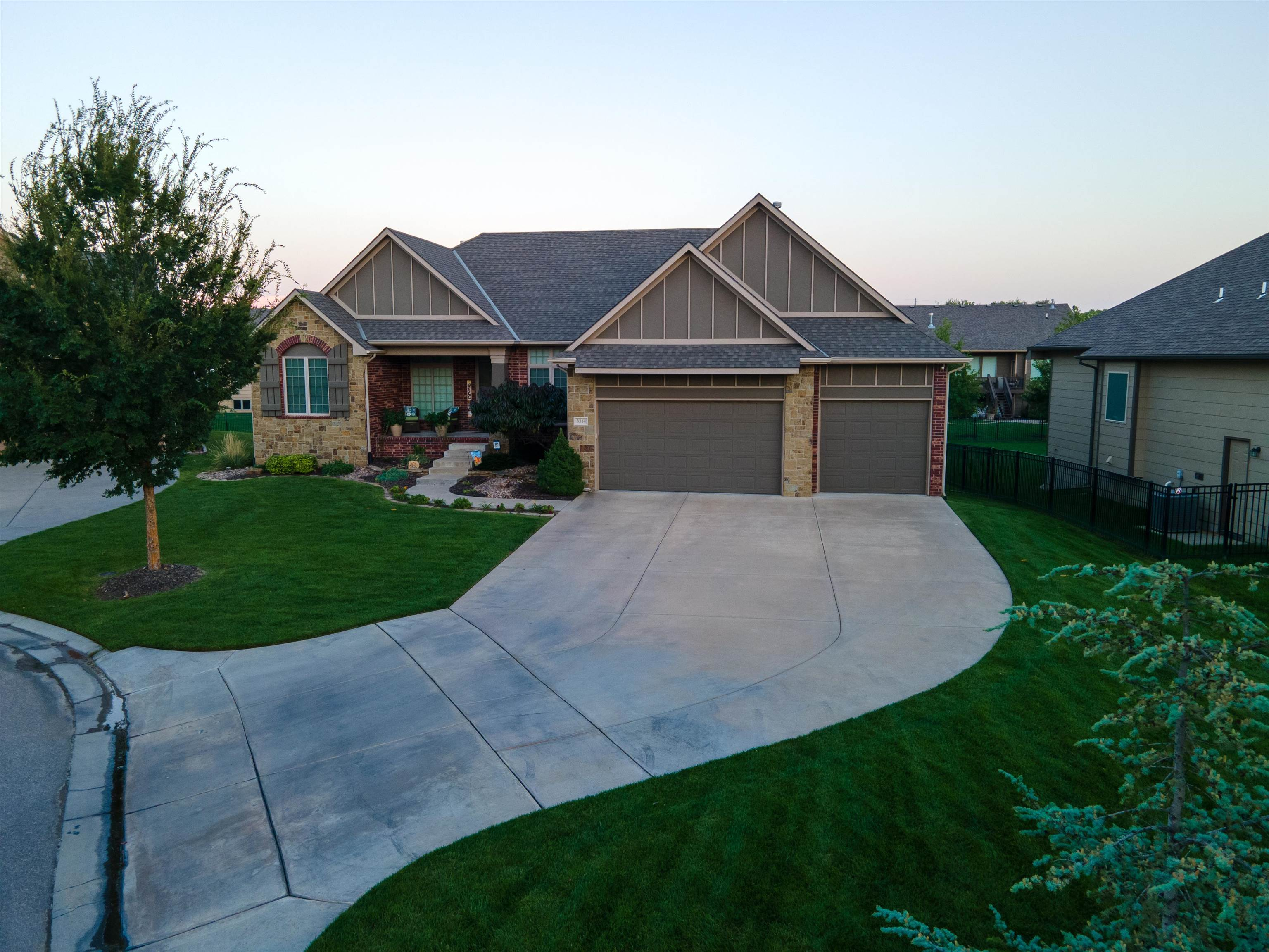 Beautiful 1 owner home located in the popular northwest neighborhood of Fox Ridge. Come take a look