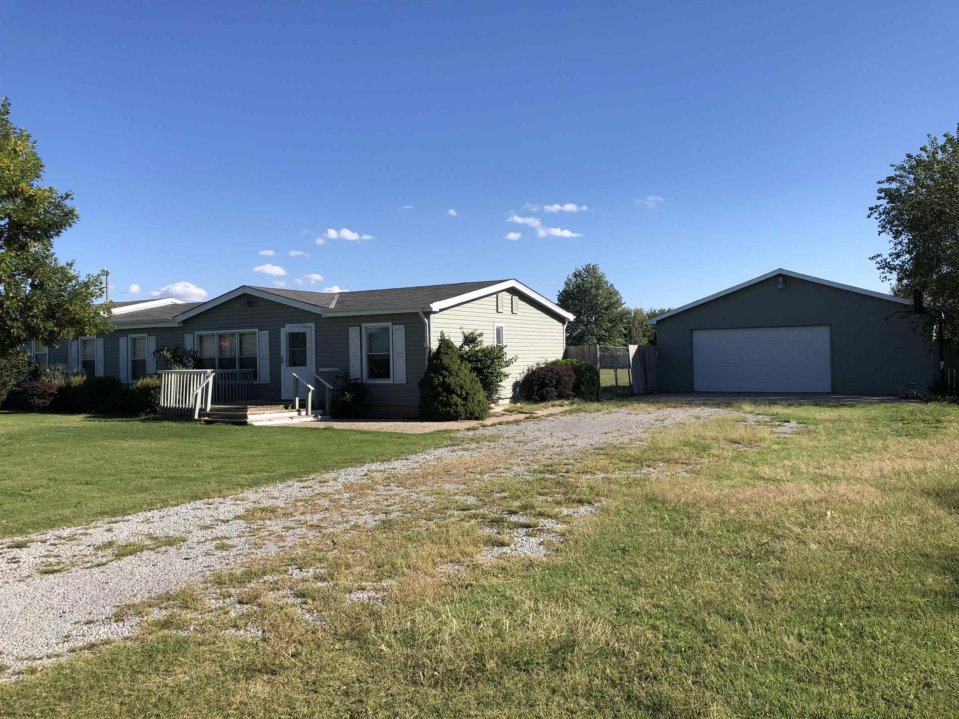 You will not want to miss out on this 3 Bed, 2 Bath home in the Haysville School District near 63rd