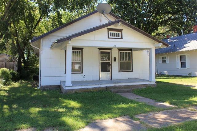 For Sale: 317 E Clark Ave, Augusta KS