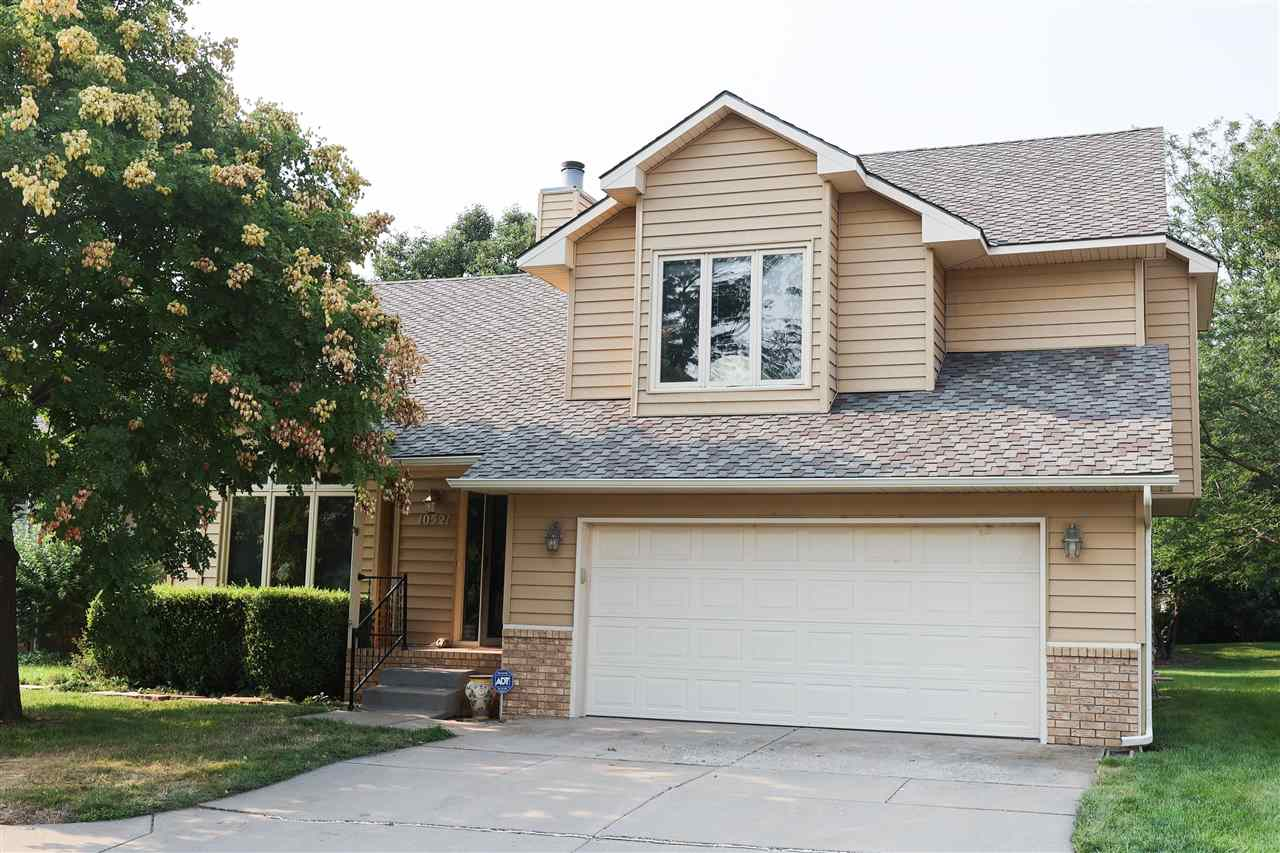 This beautiful 4 bedroom 4 bath west-side home is just a short golf cart drive away from Rolling Hil