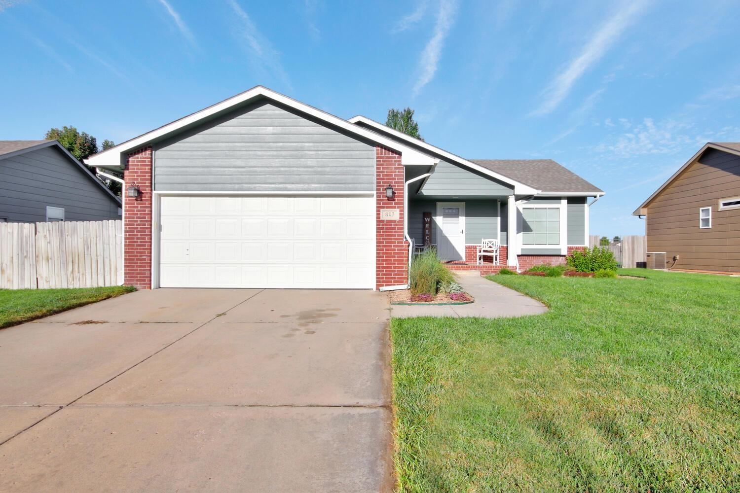 Great 5 bed / 3 bath home with many updates. New windows 2015, new exterior doors 2017, new AC 2018,