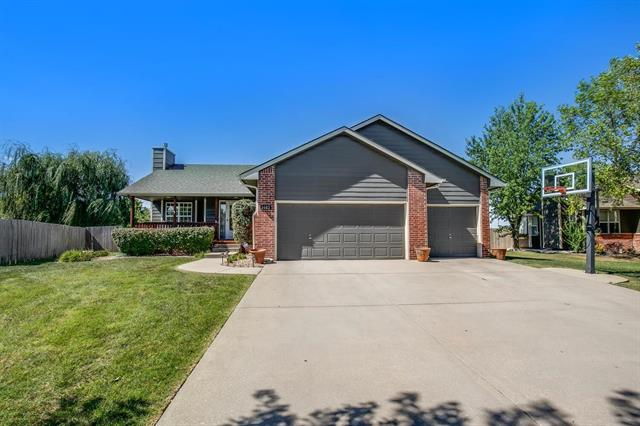 For Sale: 1403 W Gambels Ct, Andover KS