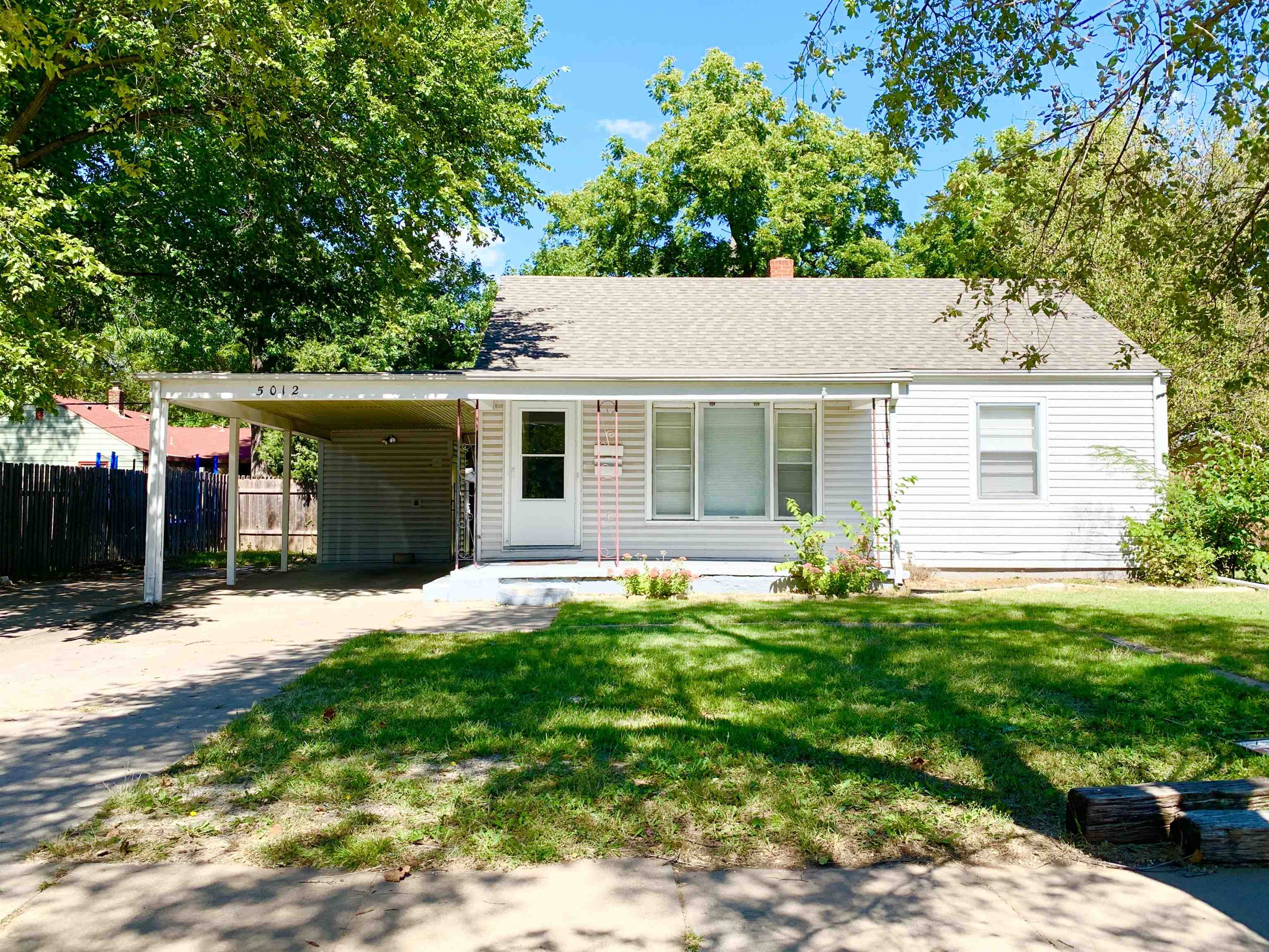 Come home to this super cute ranch home in southeast Wichita. This home shows pride of ownership and