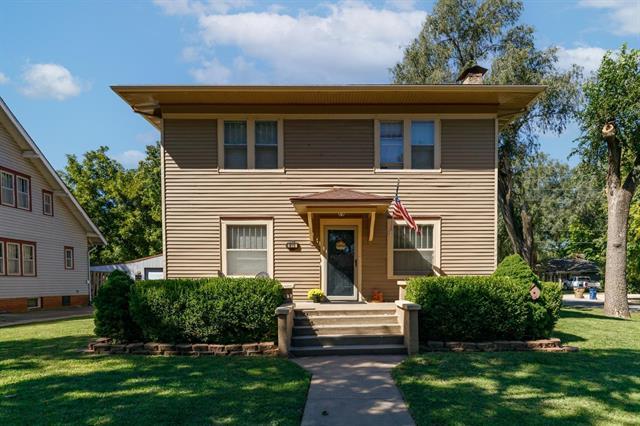 For Sale: 615 N Commercial Ave, Sedgwick KS