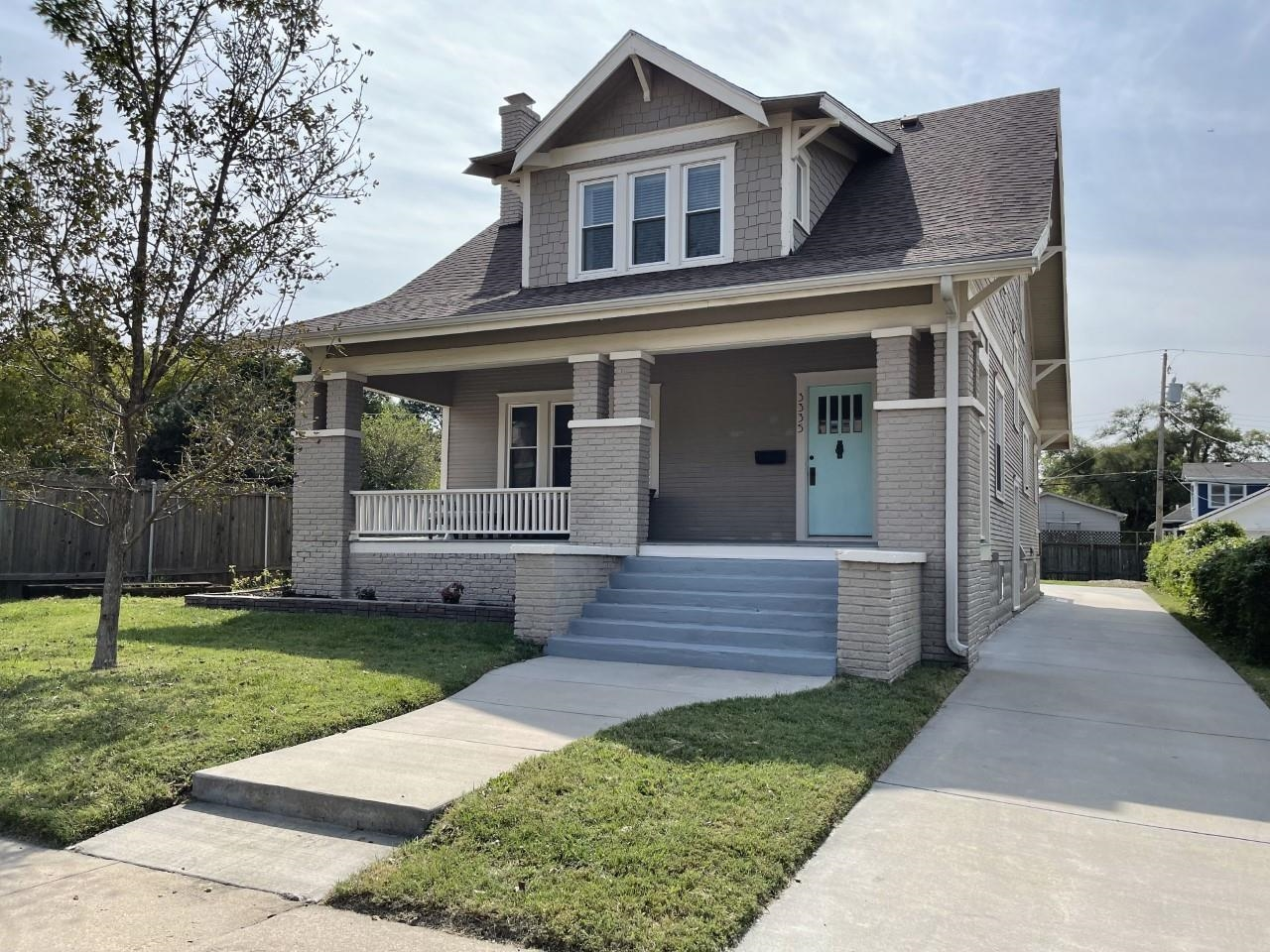 College Hill Bungalow with everything you need!  Four bedrooms including a main floor bedroom with b