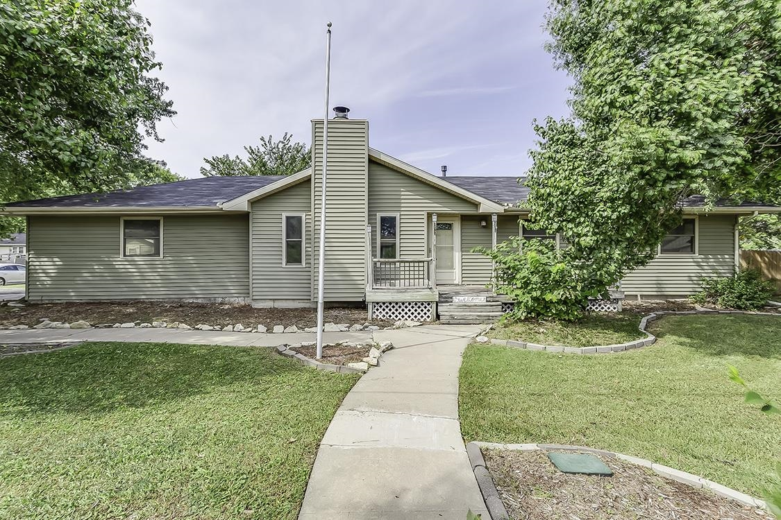 Come check out this well maintained 4 bed 2 bath home that features approx 2200sqft. With good sized