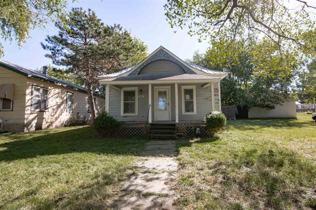 For Sale: 214 N Massachusetts St, Winfield KS
