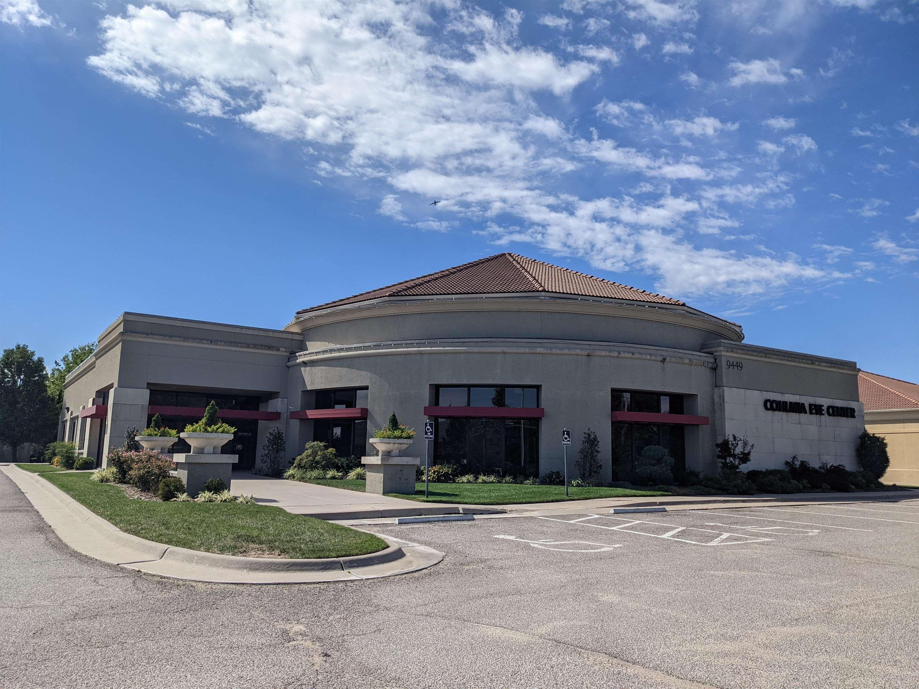 9449 E 21st St N, Wichita, KS, 67206