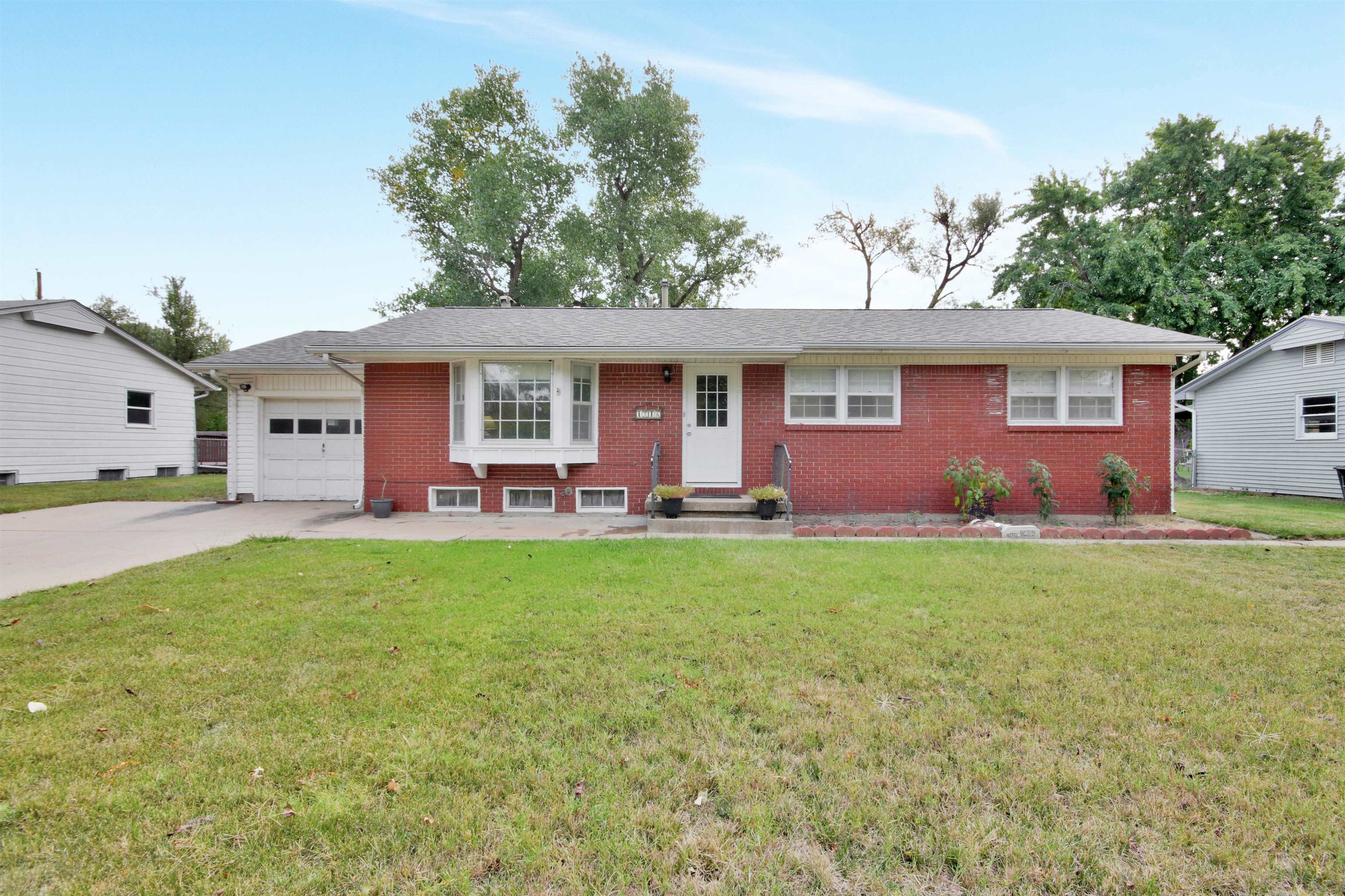 Quint essential ranch house with; three main floor bedrooms - three baths - bonus room - and so much