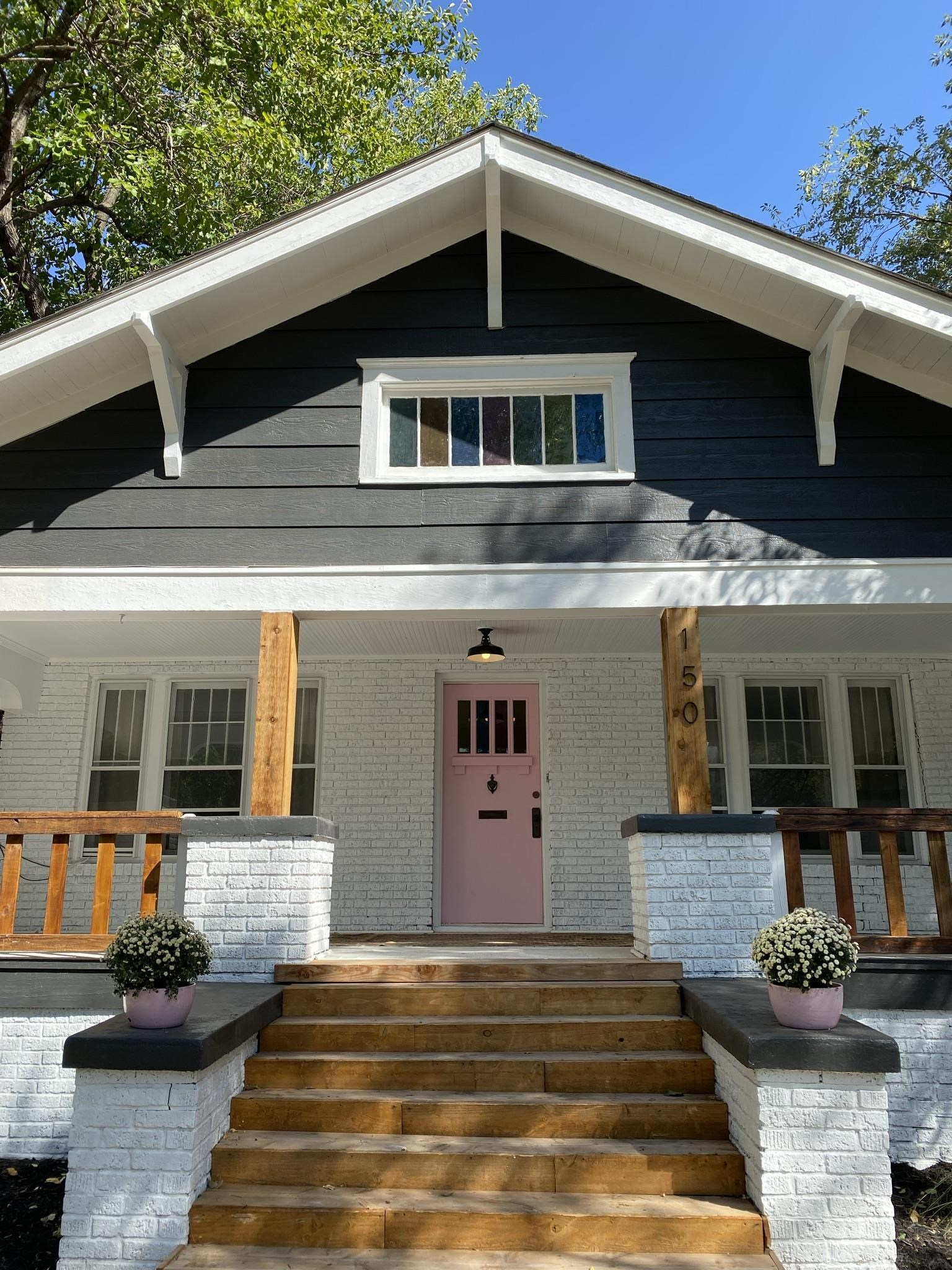1920's 3 bed 1 bath bungalow on the edge of College Hill. Within walking distance to many shops, bar
