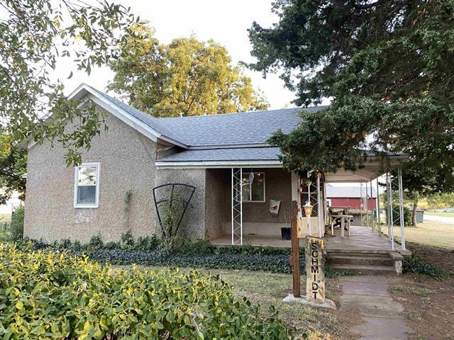 For Sale: 202 E Benton Ave, Sharon KS