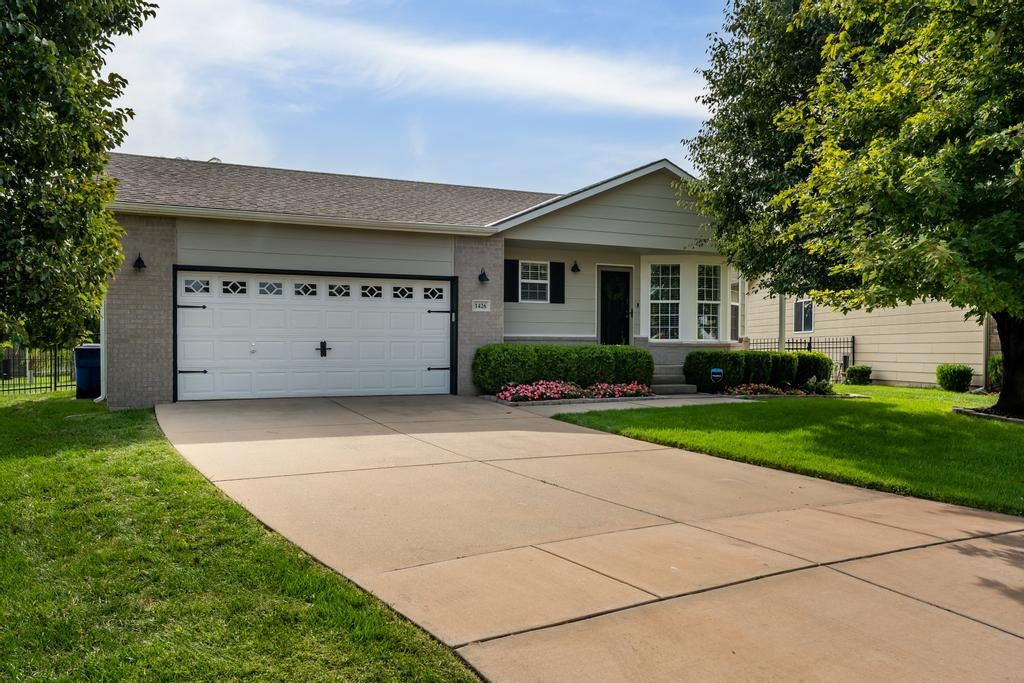 Welcome home to this extremely well-maintained 4bed/3bath/2car ranch with additional bonus room/offi