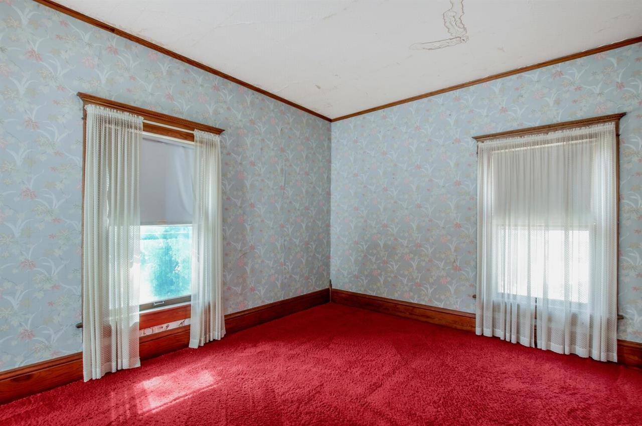 For Sale: 224 W 1st Ave, Goddard KS