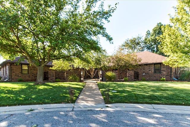 For Sale: 572 N Broadmoor Ct, Wichita KS