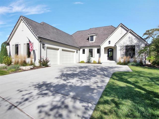 For Sale: 312 E Prairie Point Ct, Andover KS