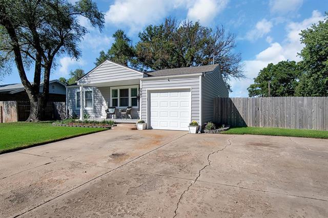 For Sale: 2947 S Walnut St, Wichita KS