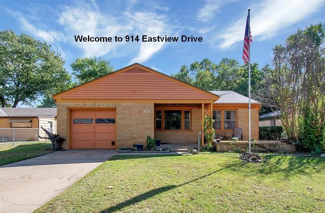 For Sale: 914  Eastview Drive, Mulvane KS