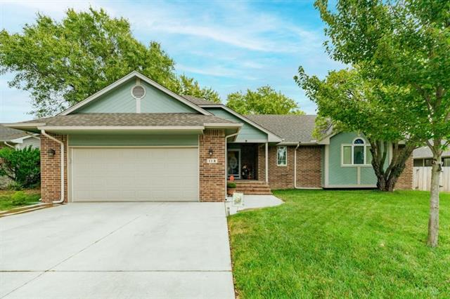 For Sale: 118  Chapel Dr, Andover KS