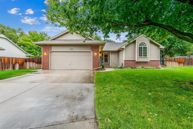 For Sale: 7307 W BARRINGTON CT, Wichita KS
