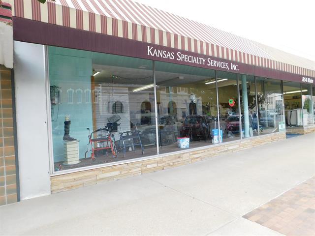 For Sale: 814  Main, Winfield KS