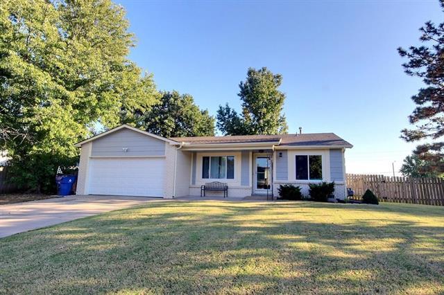 For Sale: 6703 E Winterberry Cir, Wichita KS