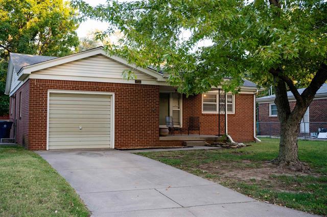 For Sale: 132  Sunset Ave, Haysville KS