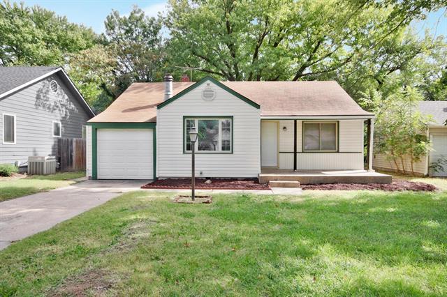 For Sale: 624 N Parkwood Ln, Wichita KS