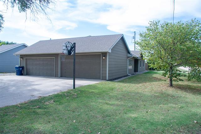 For Sale: 5909 W Saint Louis Ave, Wichita KS