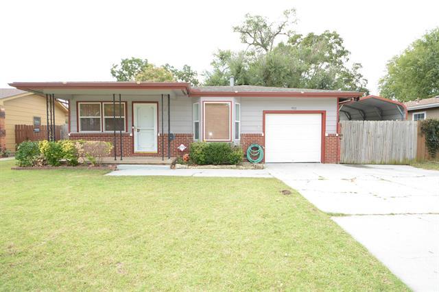 For Sale: 911 W Savannah St, Wichita KS