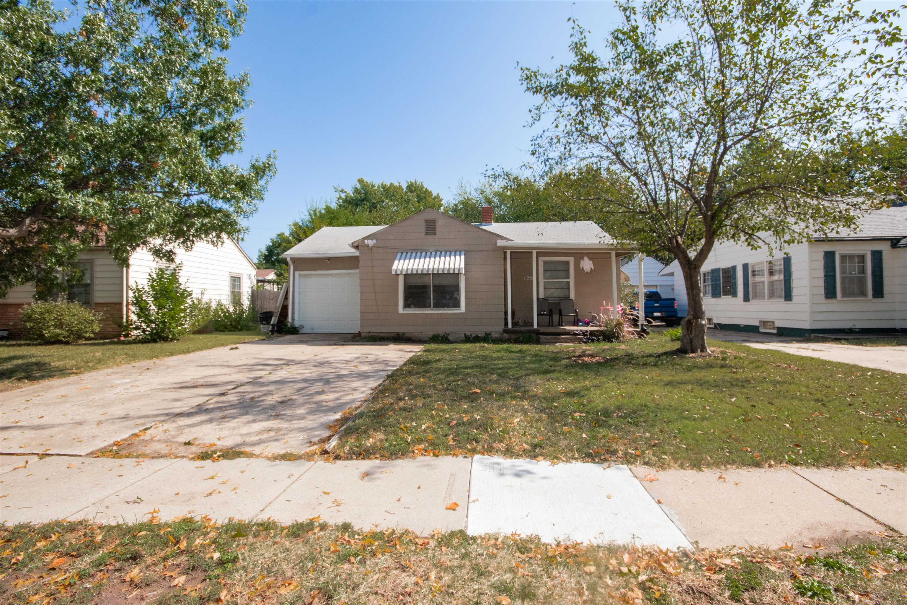 Come see this 3 bedroom, 1.5 bathroom ranch home in northeast Wichita with easy access to Wichita St