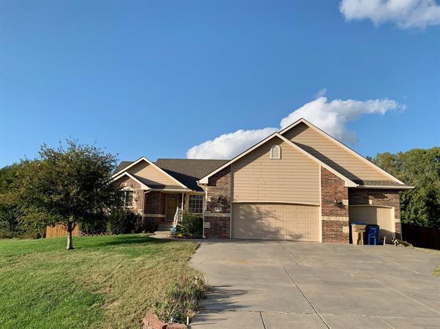 For Sale: 7130 S Kansas St, Haysville KS
