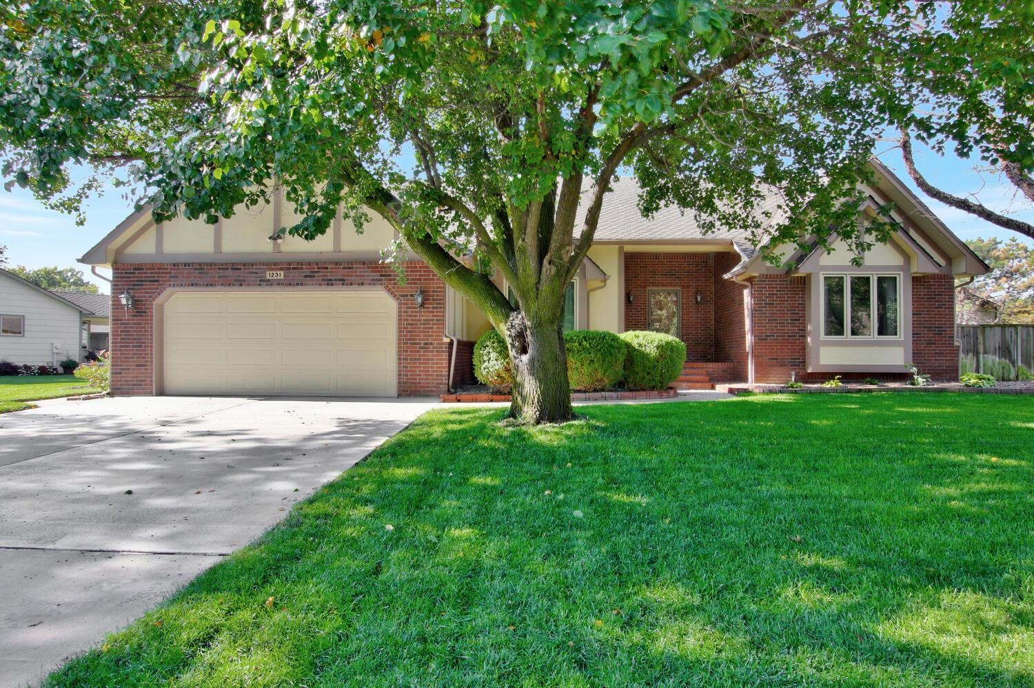 Very well maintained, conveniently located near 13th St and Maize Rd. Only minutes away from all the