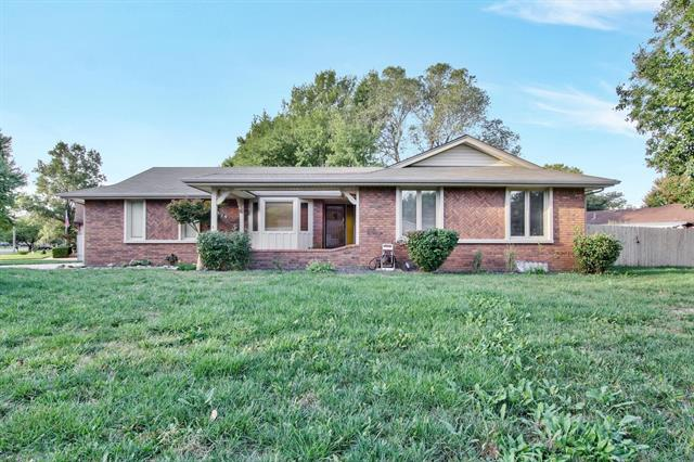 For Sale: 1739 N Lark Ln, Wichita KS