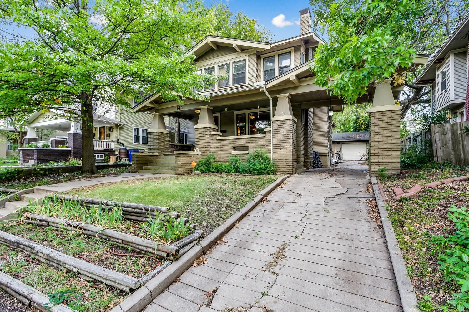LOCATION LOCATION LOCATION! Classic College Hill Home walking distance to Clifton Square, The Belmon