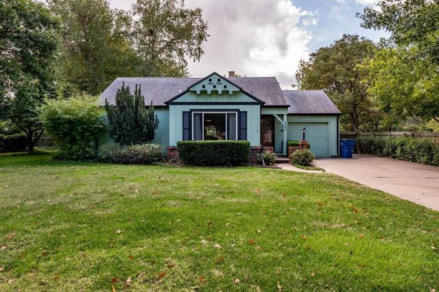 For Sale: 3435 E COUNTRYSIDE PLZ, Wichita KS