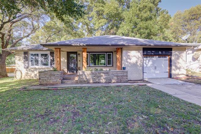For Sale: 1219  Mound St, Winfield KS