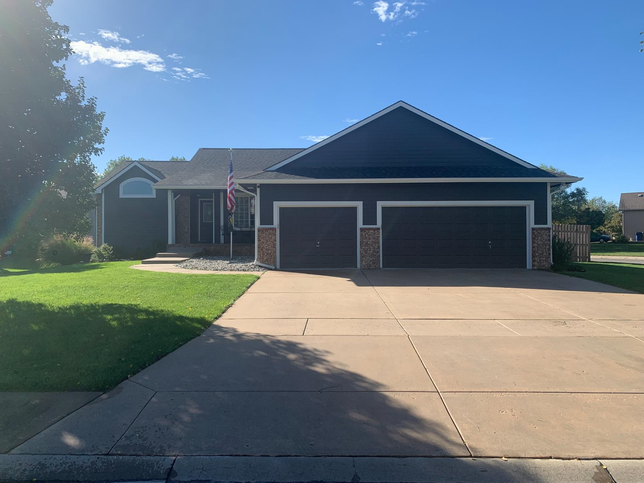 Welcome to this 3 bedroom, 3 bath home in Amber Ridge Addition. Before you enter you will notice the
