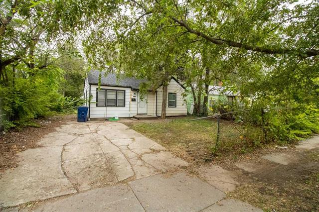 For Sale: 1922 N GROVE AVE, Wichita KS